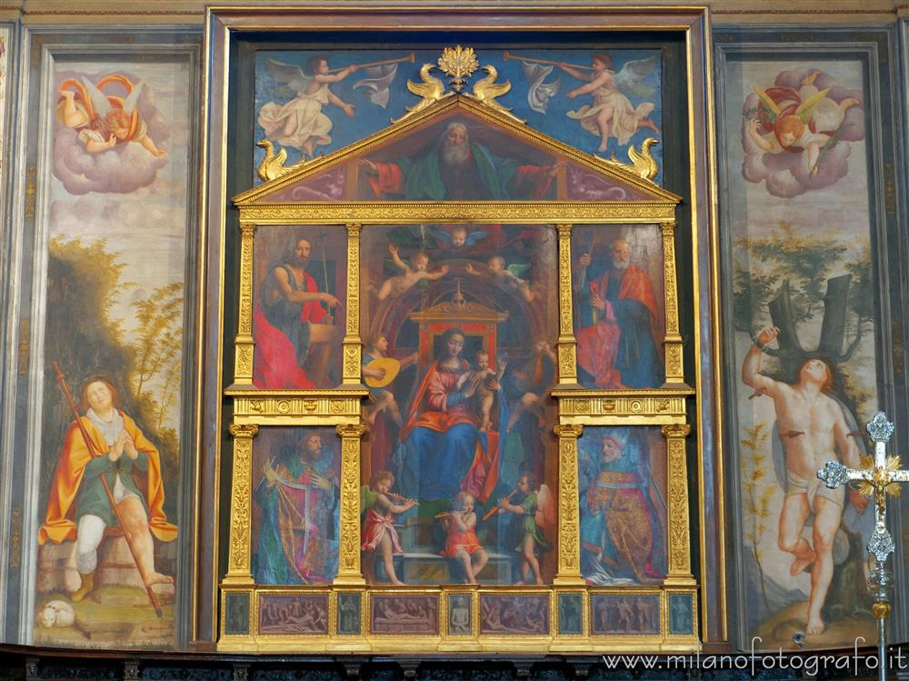 Legnano (Milan, Italy) - Back wall of the Main Chapel of the Basilica of San Magno